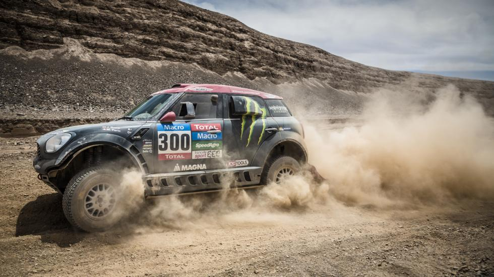 Nani-Roma-Mini-Dakar-2015-polvo