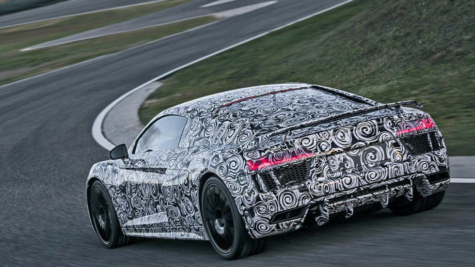 Audi R8 2015 zaga