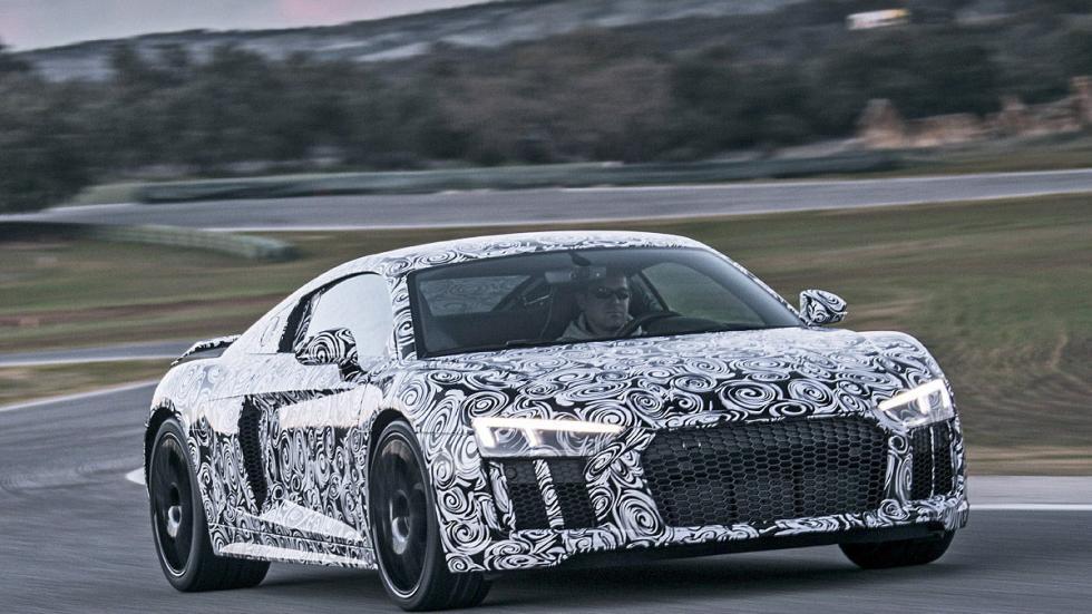 Audi R8 2015 morro en circuito