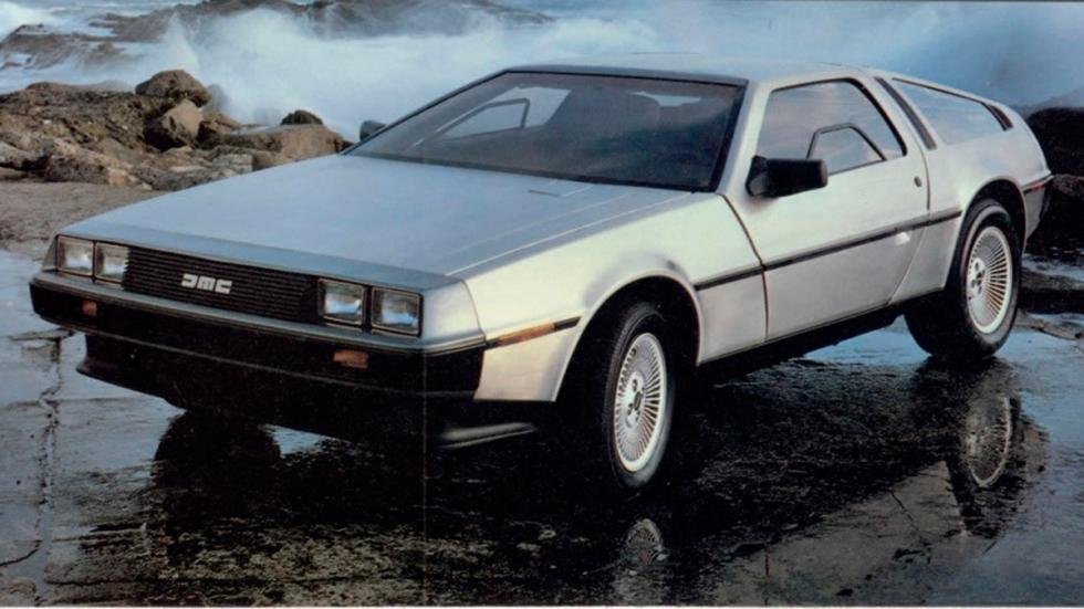 DeLorean DMC-12 - Regreso al Futuro - frontal