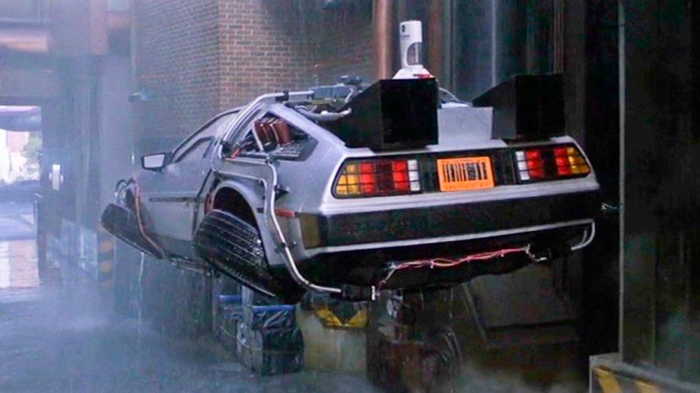 DeLorean DMC-12 - Regreso al Futuro - Segunda Parte
