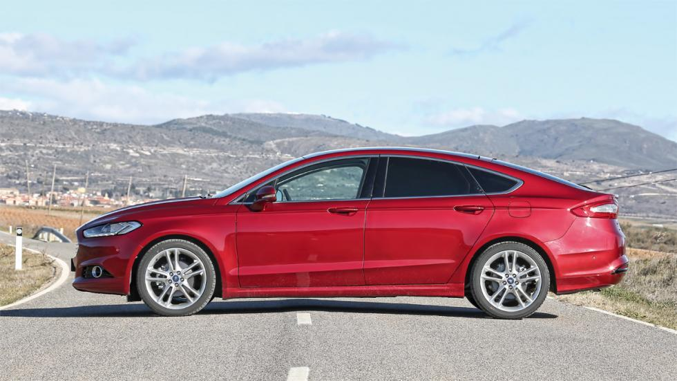 Lateral del Ford Mondeo