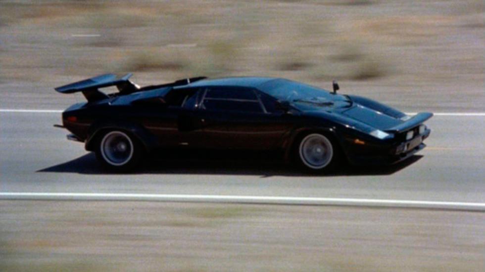 Lamborghini Countach - carretera