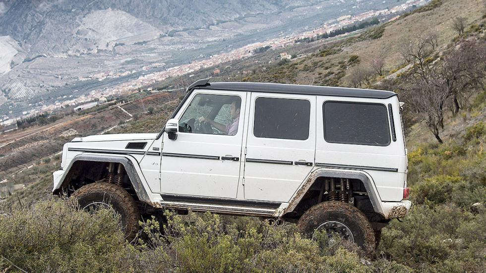 Prueba: Mercedes G 500 4x4² offroad lateral