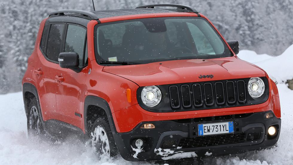 Jeep Renegade en hielo y nieve off road