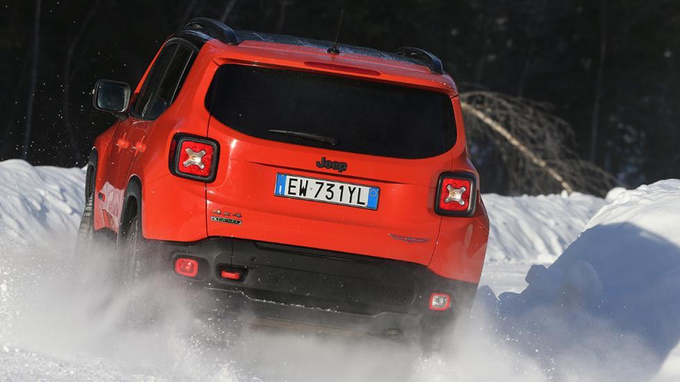 Jeep Renegade en hielo y nieve awd
