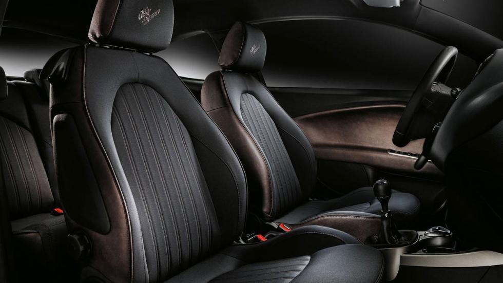 Alfa Romeo MiTo Racer interior