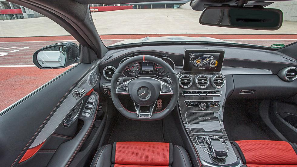 Prueba radical: MercedesAMG  C 63  S interior