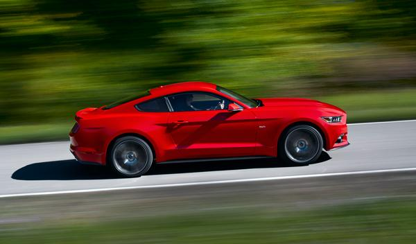 ford mustang 2015 lateral