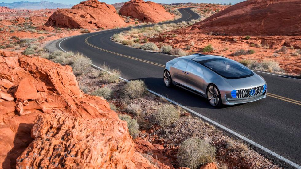 Mercedes-Benz-F015 Luxury in Motion Concept 2015 - 9
