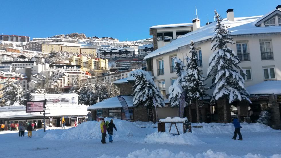 Mejores estaciones esquí españa Sierra Nevada pradollano