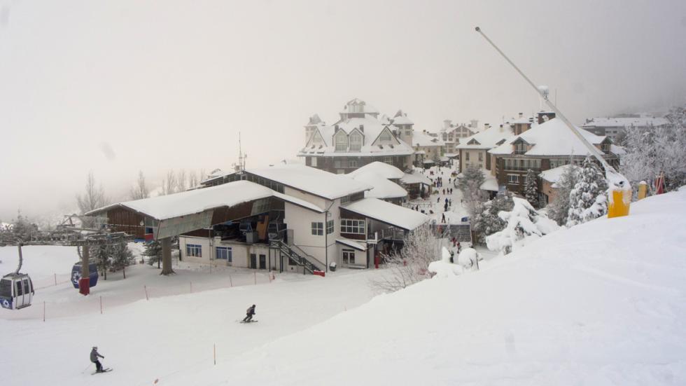 Mejores estaciones esquí españa Sierra Nevada cota baja
