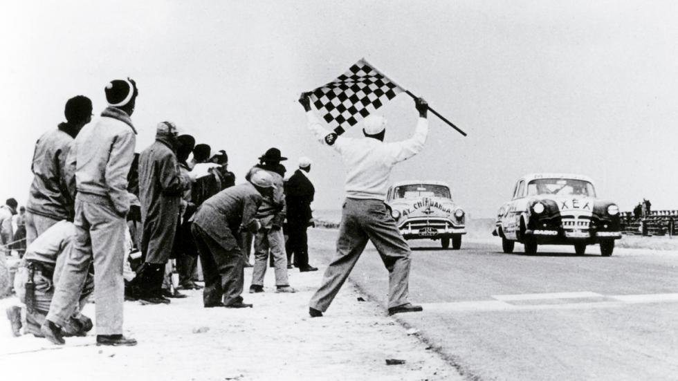 Exposición de Tag Heuer: 30 años de historia con McLaren - línea de meta