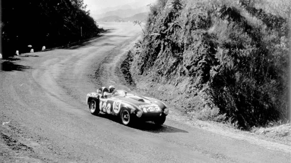 Exposición de Tag Heuer: 30 años de historia con McLaren - ferrari