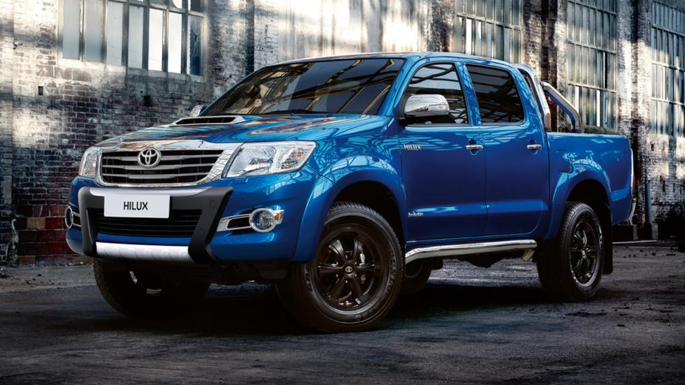 Toyota-Hilux-Invincible-X
