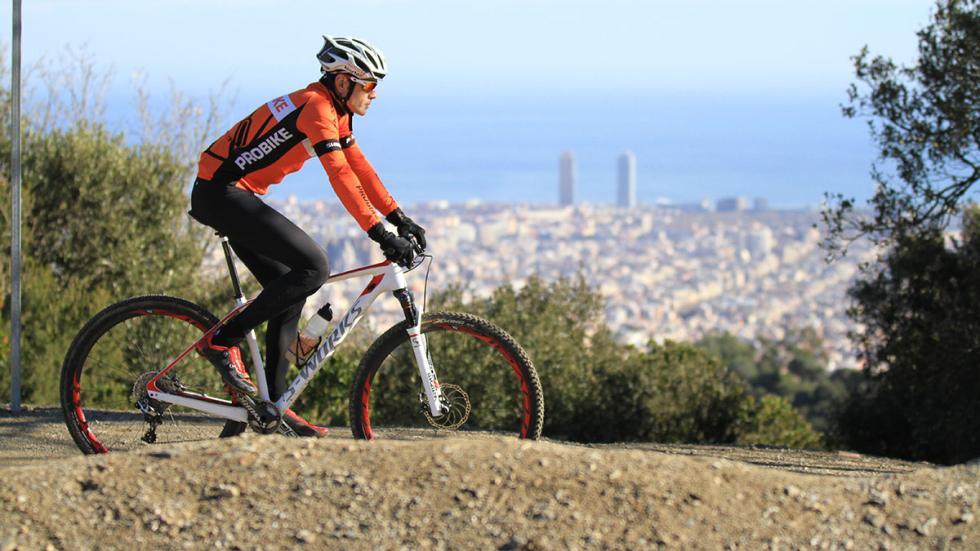 El ciclista y diseñador de Seat Tony Gallardo