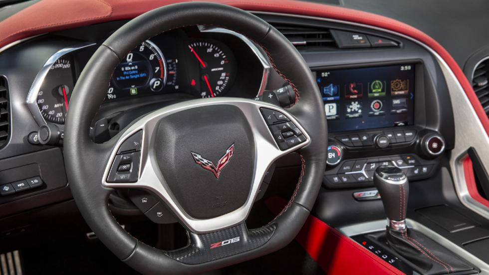 Chevrolet-Corvette-Z06-2015-detalle