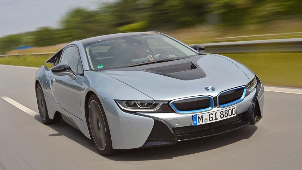 BMW i8 Pure Impulse (231 CV): Oficial: 2,1l. Test: 5,6l. Desviación: 166,67%