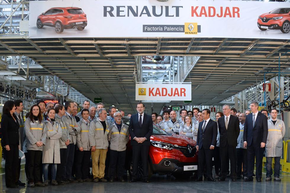 Mariano Rajoy en la fábrica de Renault en Palencia