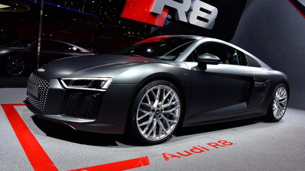 Audi R8 2015 delantera