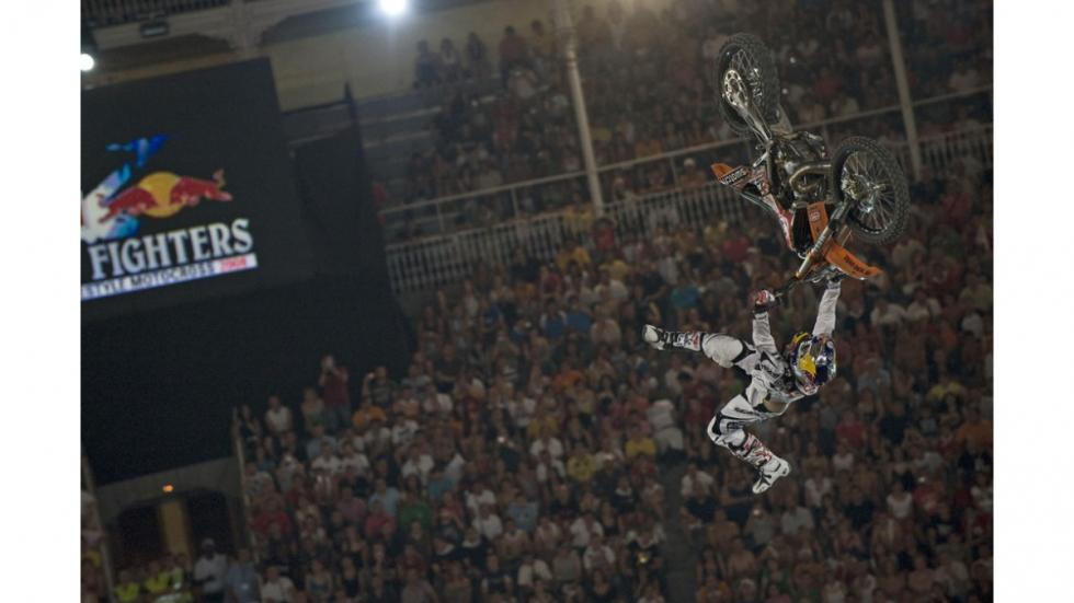 Red-Bull-X-Fighters-Madrid-Rebeaud
