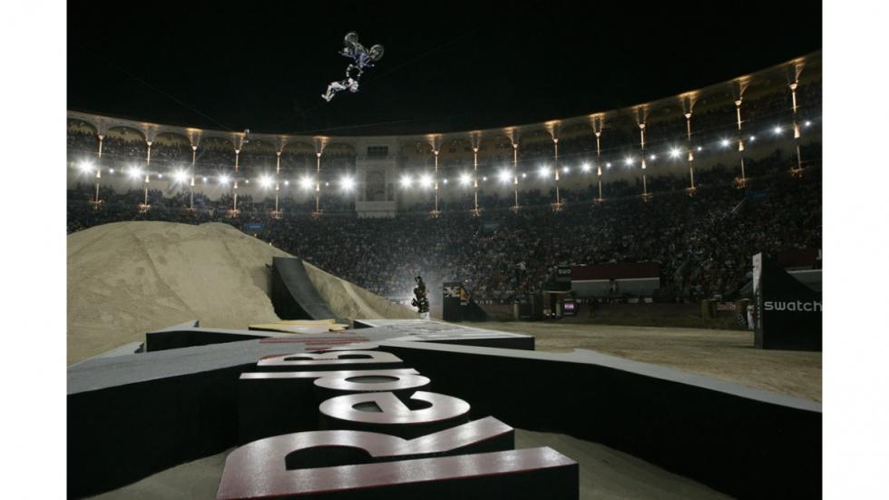 Red-Bull-X-Fighters-Madrid-adams