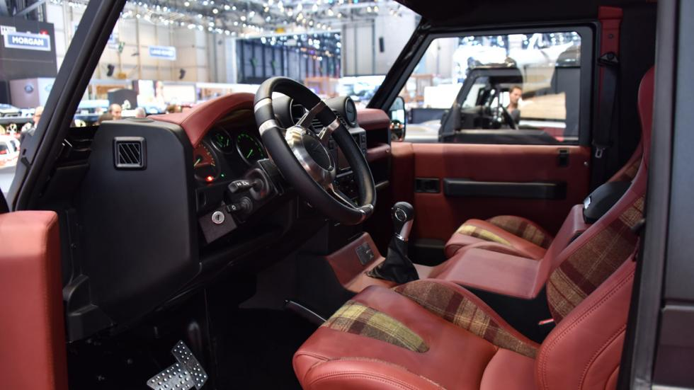 Kahn 'Flying Huntsman' 6x6 Concept interior