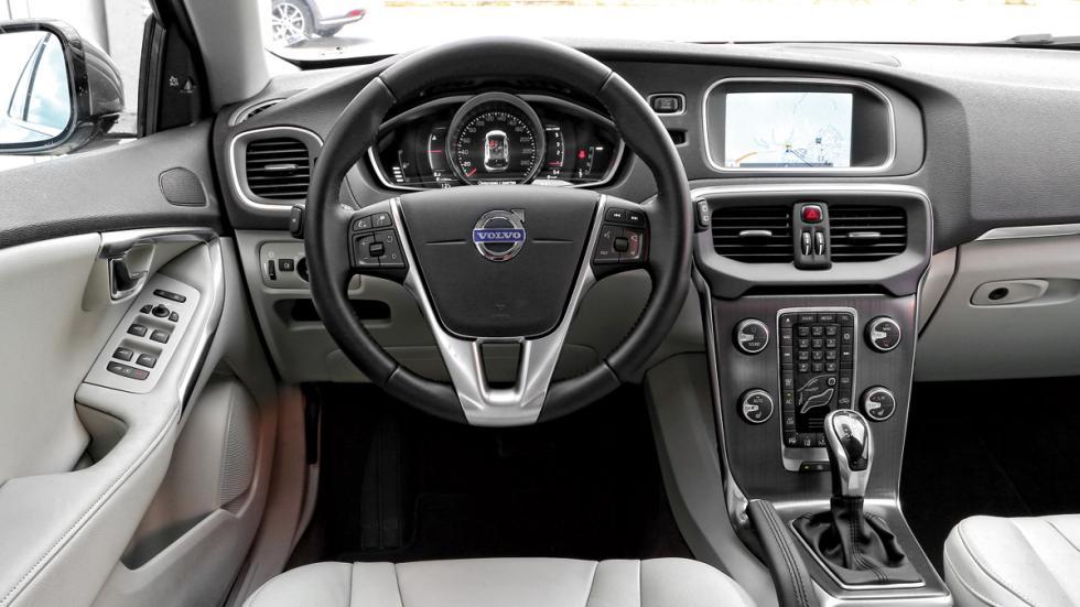 Volvo V40 D3 interior