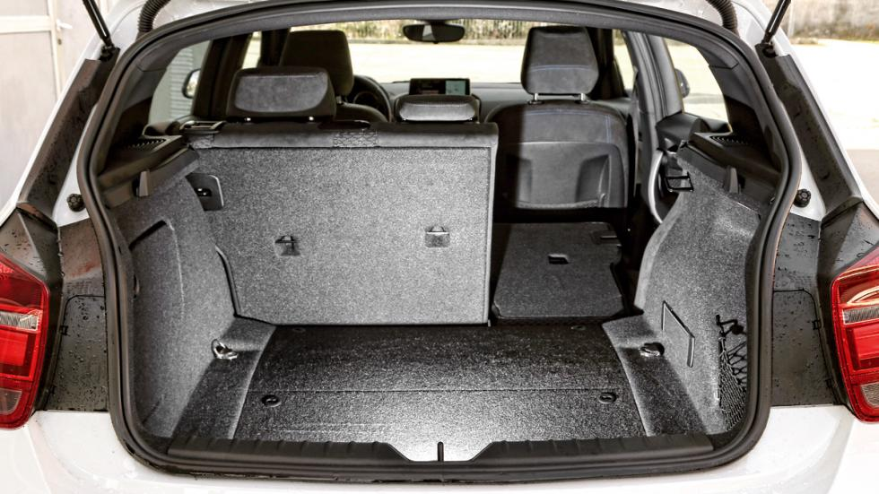 BMW 118d maletero