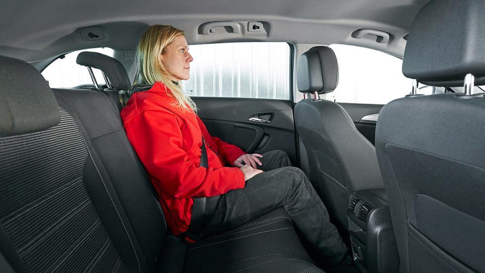 Opel Insignia asientos traseros