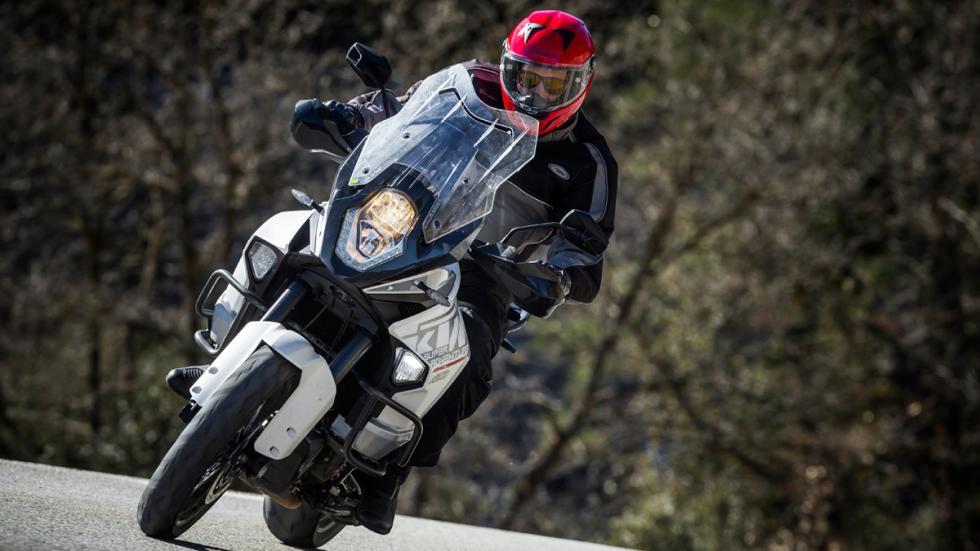 Prueba-KTM-1290-Super-Adventure-luz-cunetera