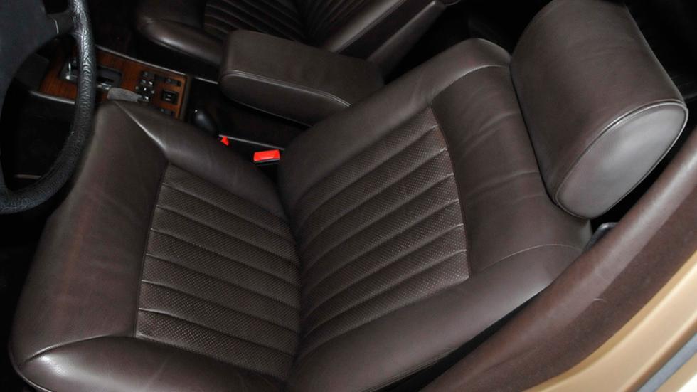 Mercedes 300SD 1982 asientos