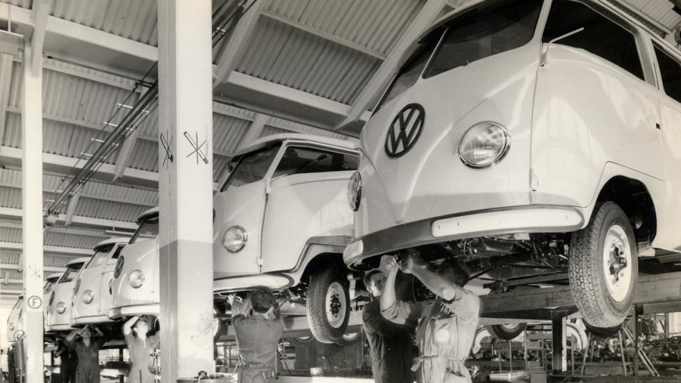 65 aniversario del Volkswagen Transporter 'Bulli' - elevador