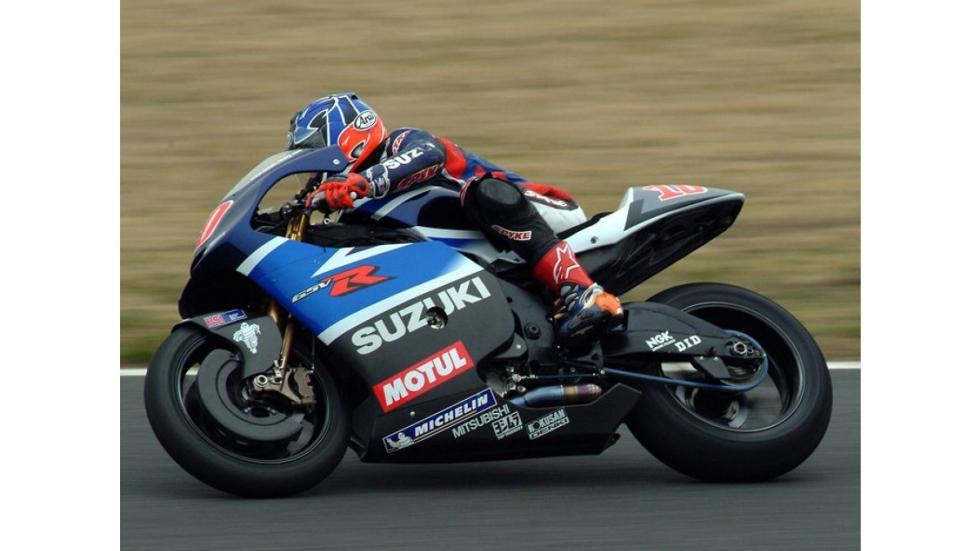 Kenny-Roberts-Jr-Suzuki-curva