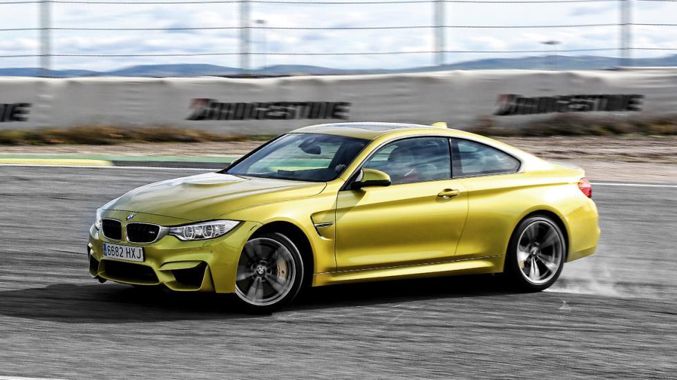 BMW-M4-tres-cuartos-izquierda