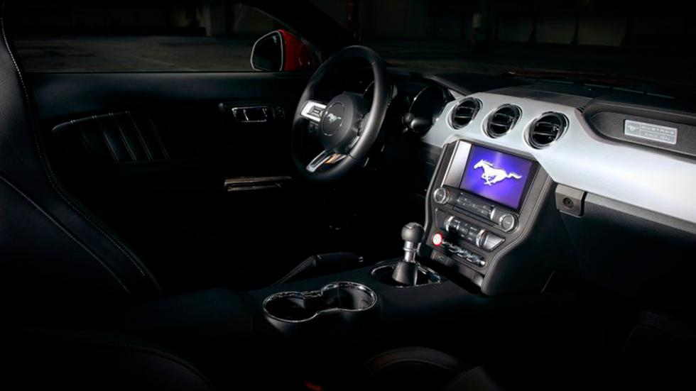 Ford Mustang 2015 Europa interior