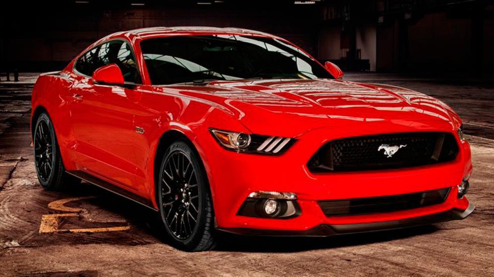 Ford Mustang 2015 Europa tres cuartos delanteros