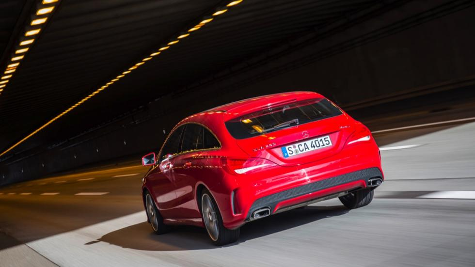 Mercedes CLA Shooting Brake trasera