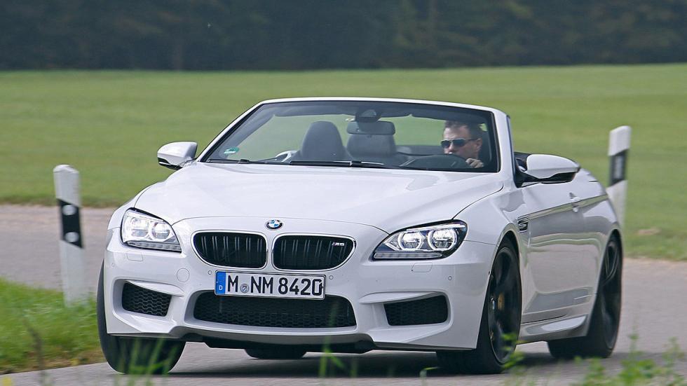 BMW M6 Cabrio curva