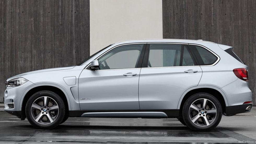 BMW X5 xDrive40e lateral