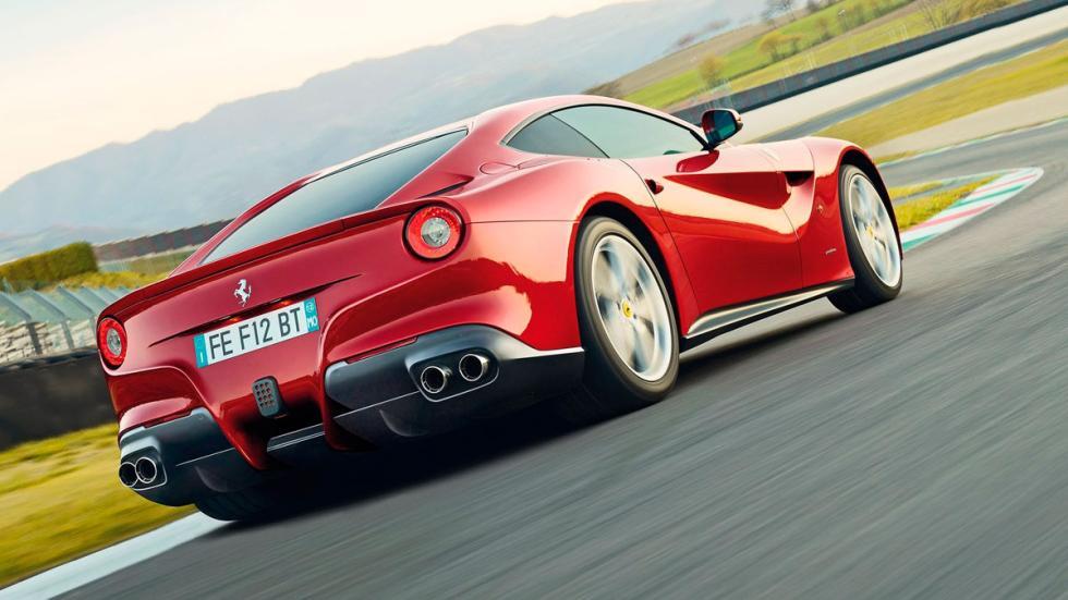 Ferrari F12 Berlinetta trasera