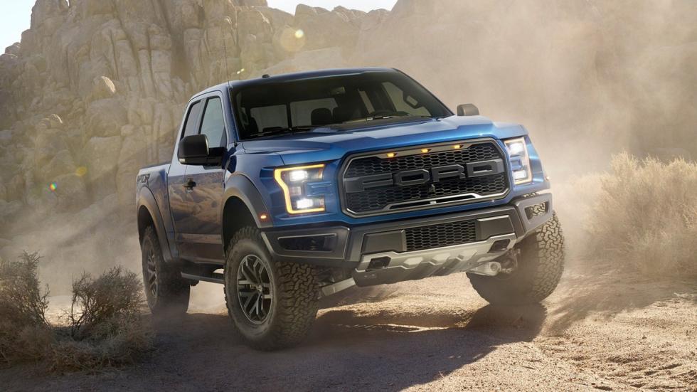 coches-no-querrias-ver-retrovisor-Ford-Raptor