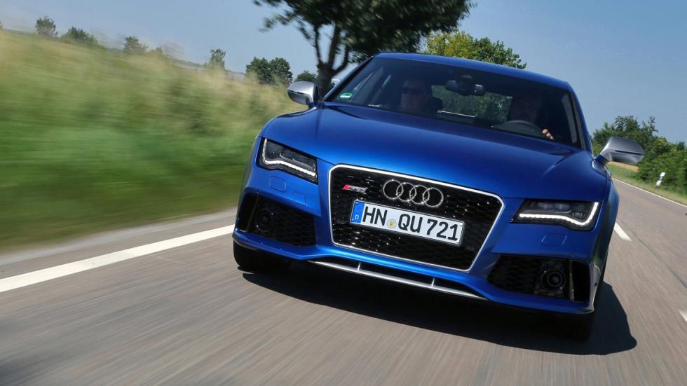 coches-no-querrias-ver-retrovisor-Audi-RS7