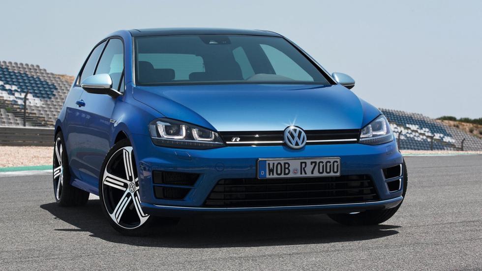 coches-no-querrias-ver-retrovisor-volkswagen-golf-r