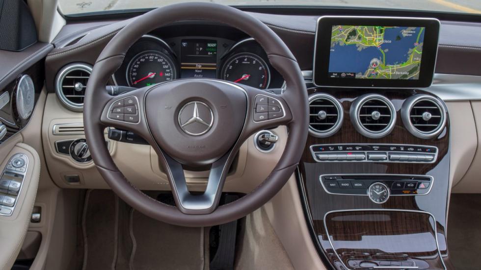 Mercedes C350e interior