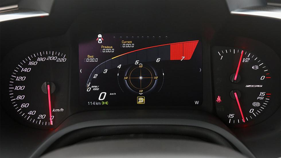 Prueba: Chevrolet Corvette Z06 en circuito relojes