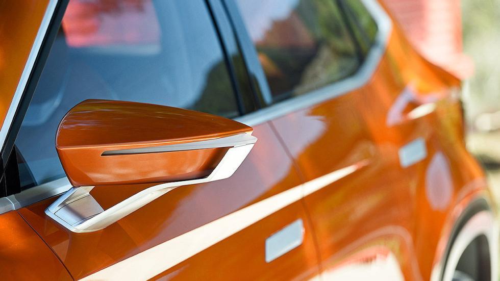Probamos el futuro SUV de Seat: 20V20 detalle espejo
