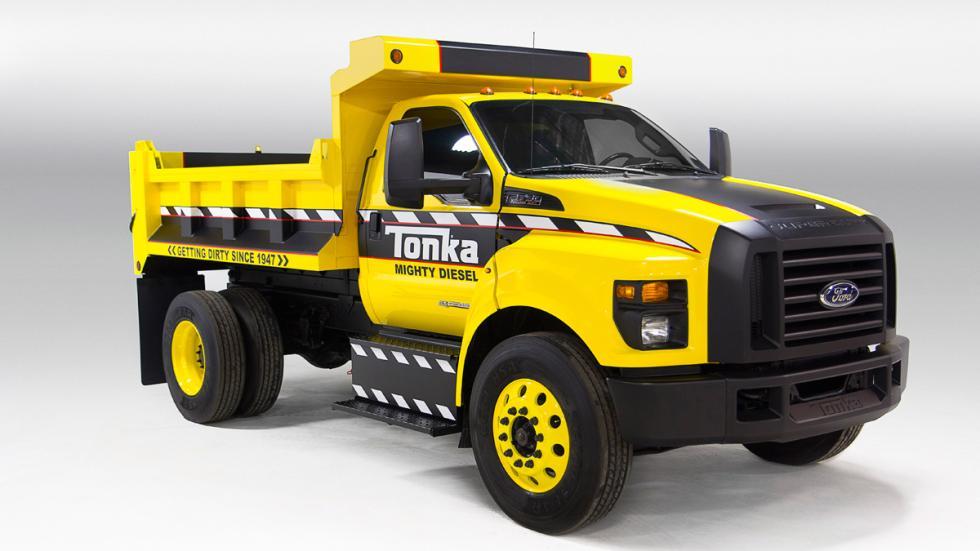 Camión de juguete Tonka y Ford F-750 TONKA - Ford F-750 TONKA
