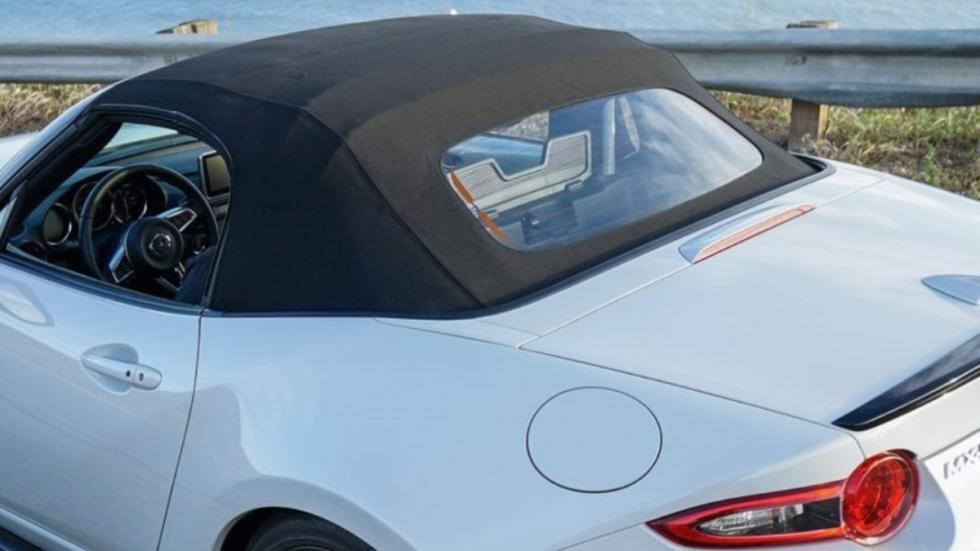 Mazda MX-5 Club capota