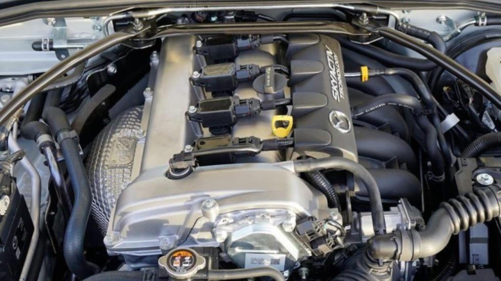 Mazda MX-5 Club motor